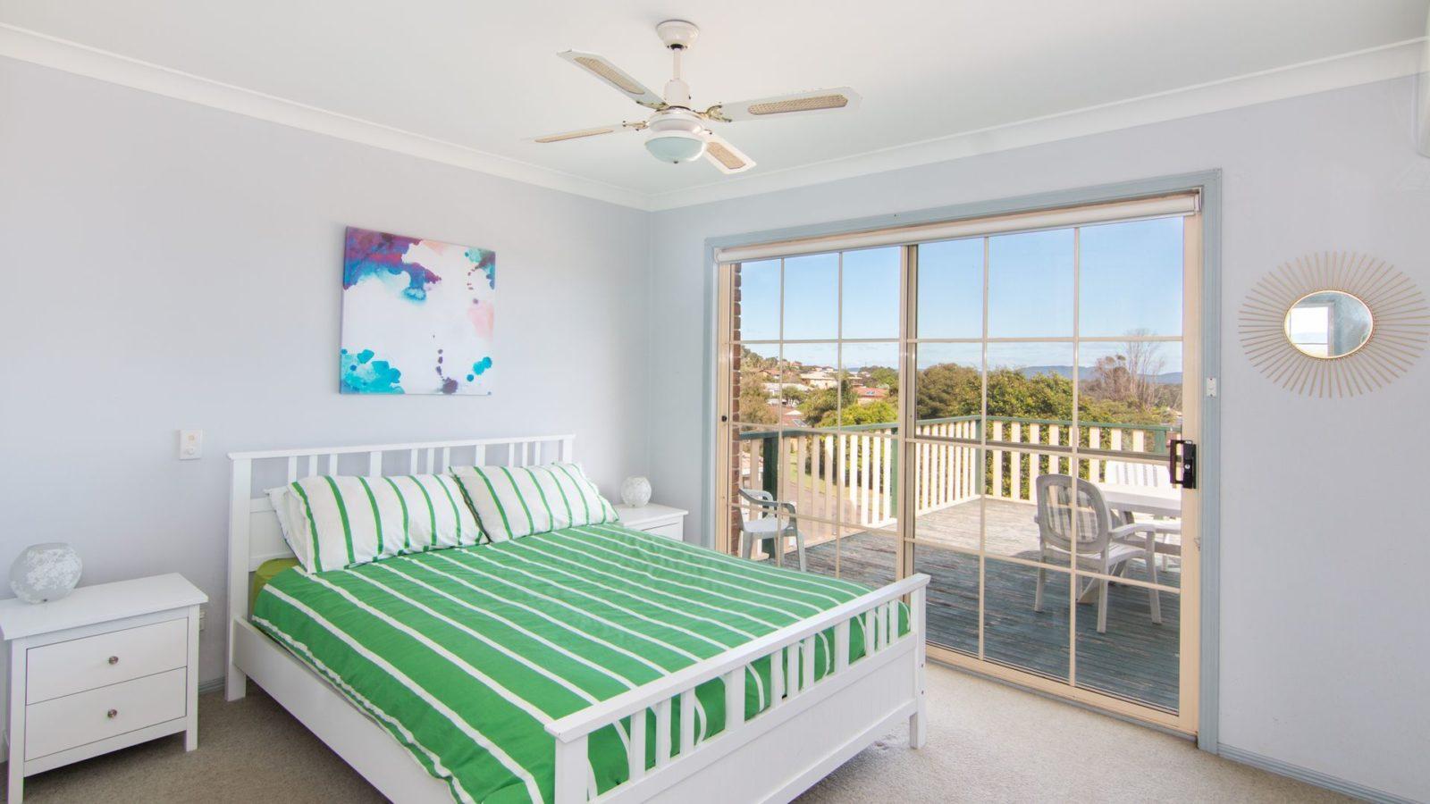 10 Minnibah Circuit main bedroom