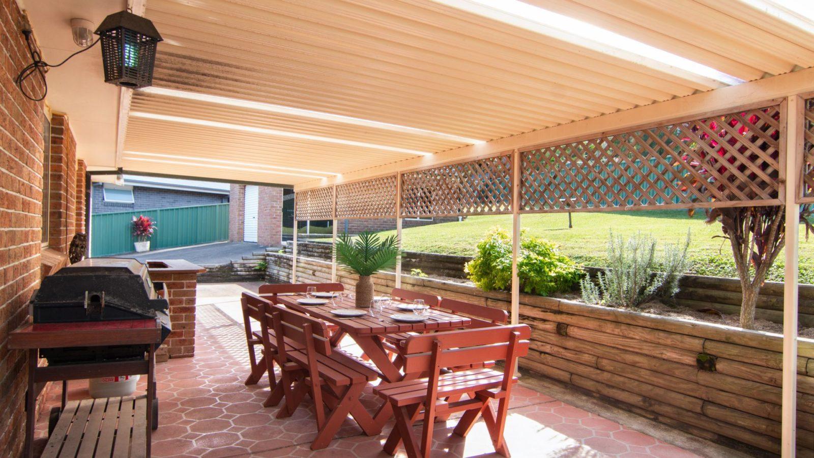 10 Minnibah Circuit outdoor living