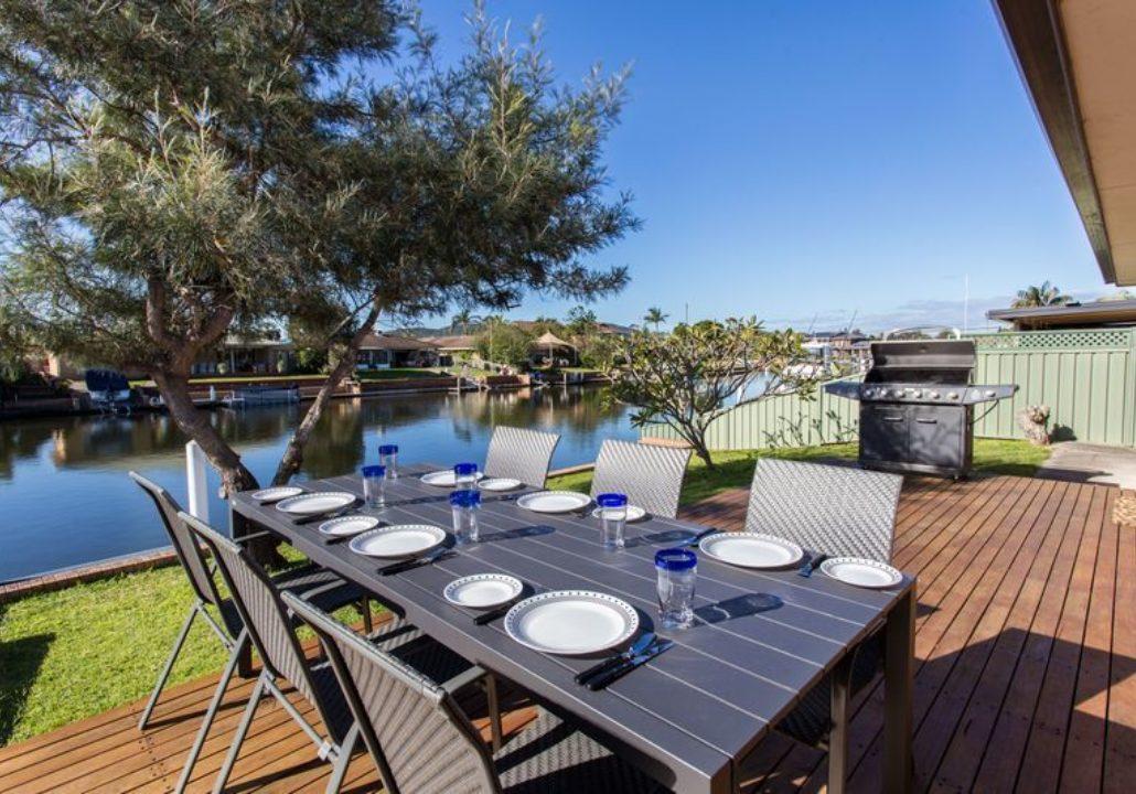 Pacific Coast Holidays   Forster Keys Rentals