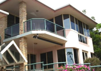 Hallidays point accommodation centre