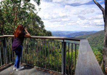 Andrew Laurie Lookout, Gloucester Tops, mountain peaks and dense bushland