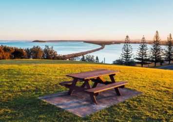 Captain Cook Bicentennial Park, Harrington break wall views