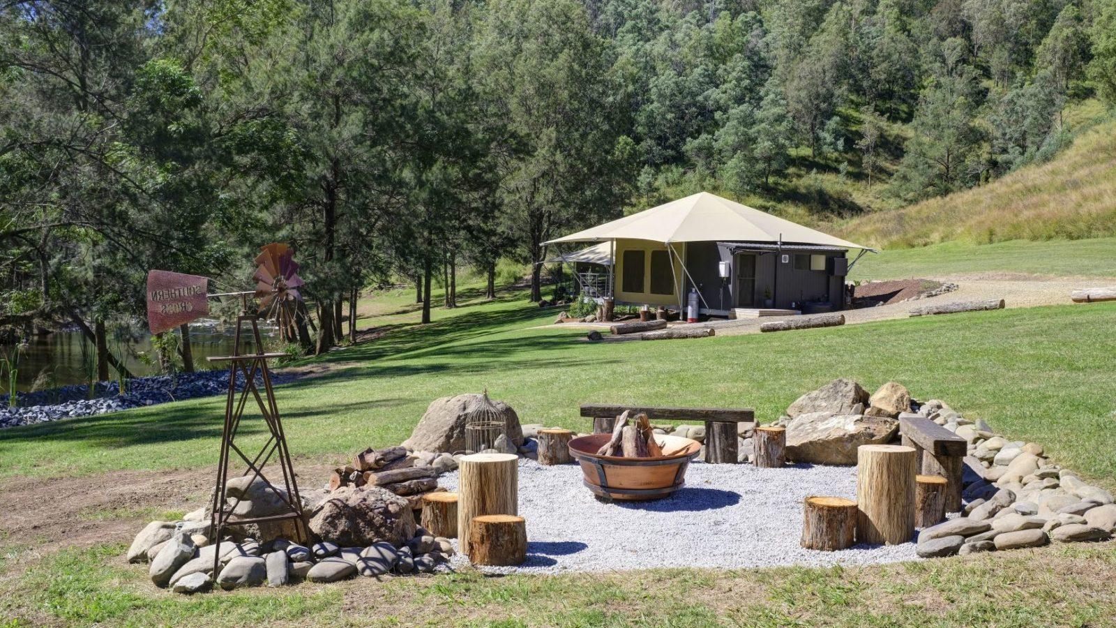 Amaroo Escape firepit, hinterland accommodation
