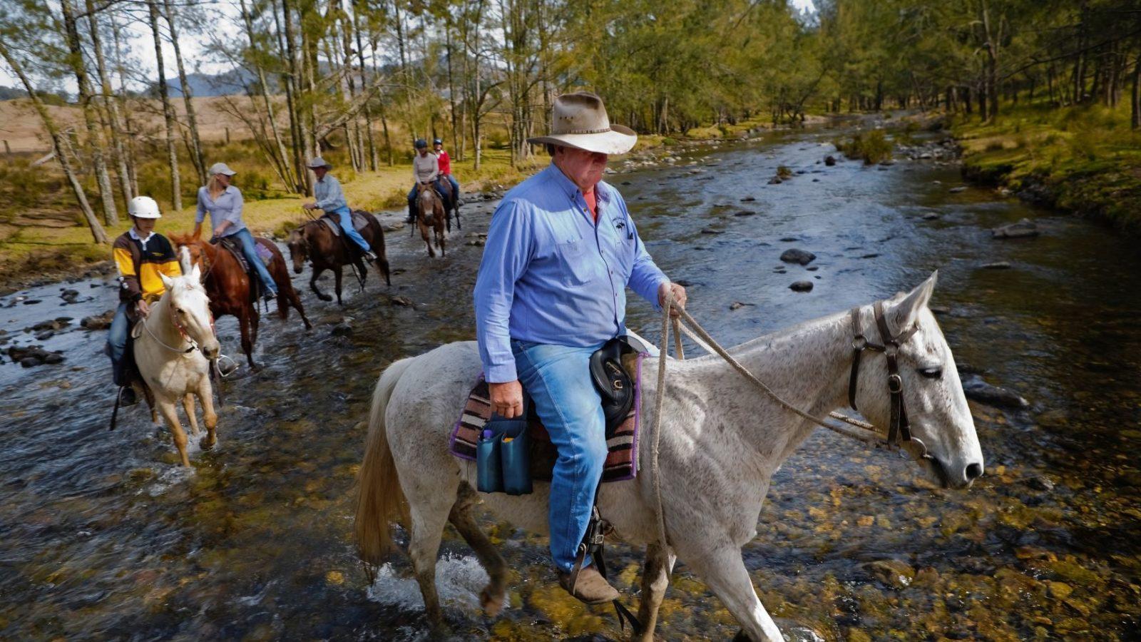 Horse riding, Cobark River