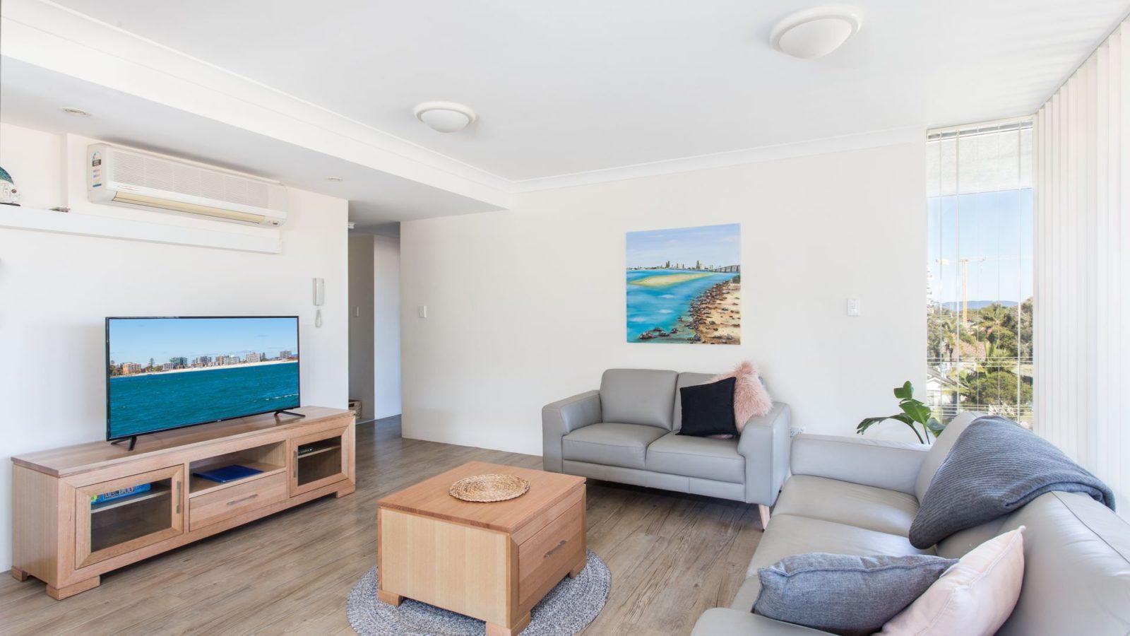Shores 303 interior