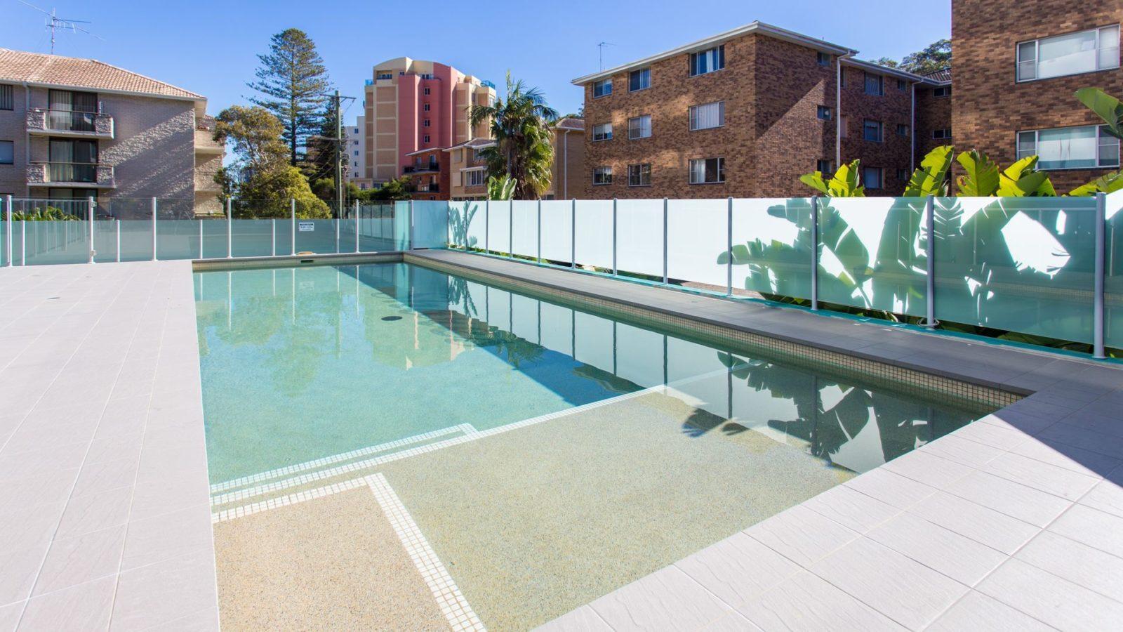 Shores 303 pool