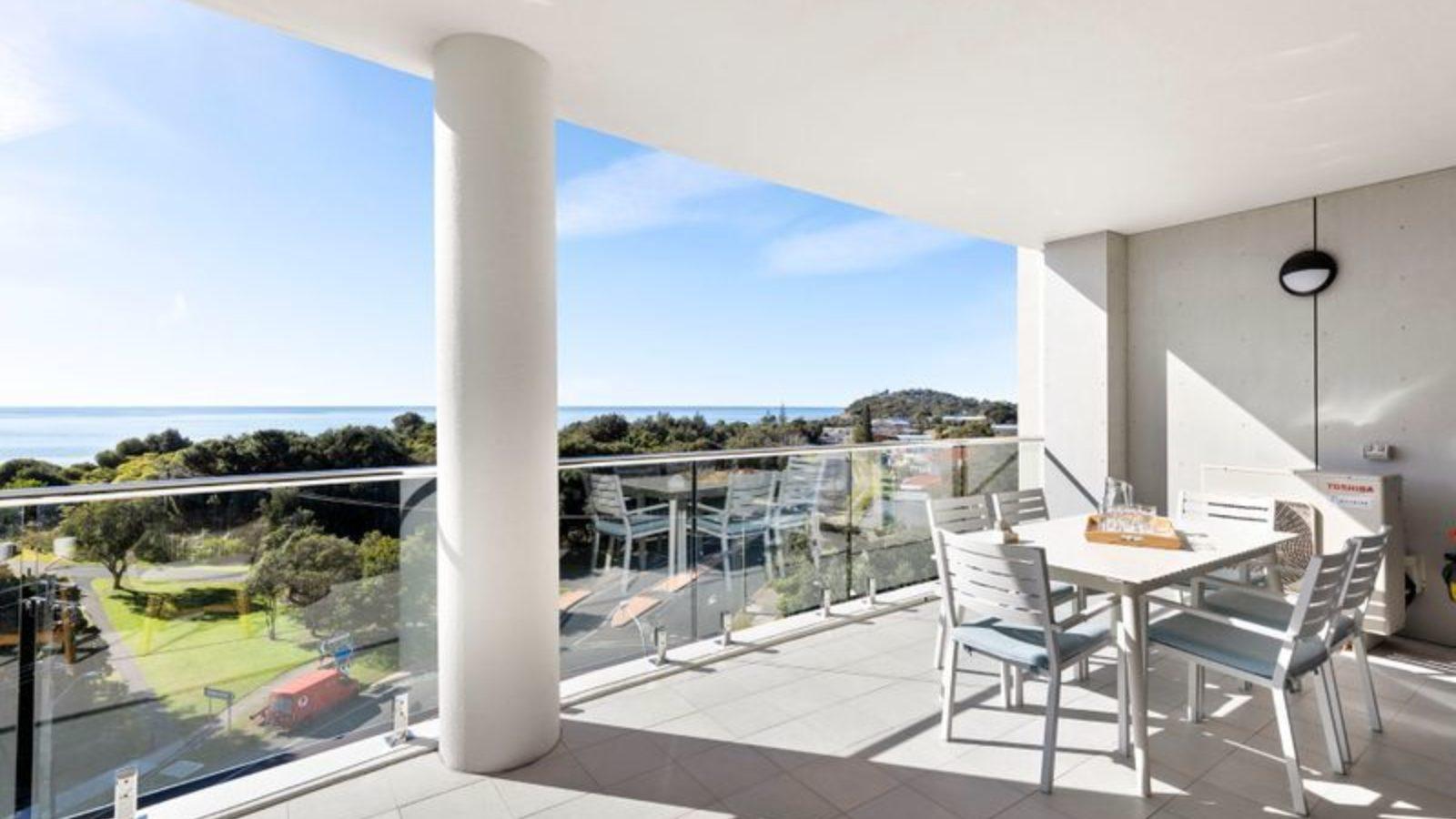 The Cove 603 balcony