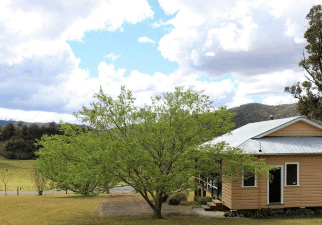 The Waukivory School House