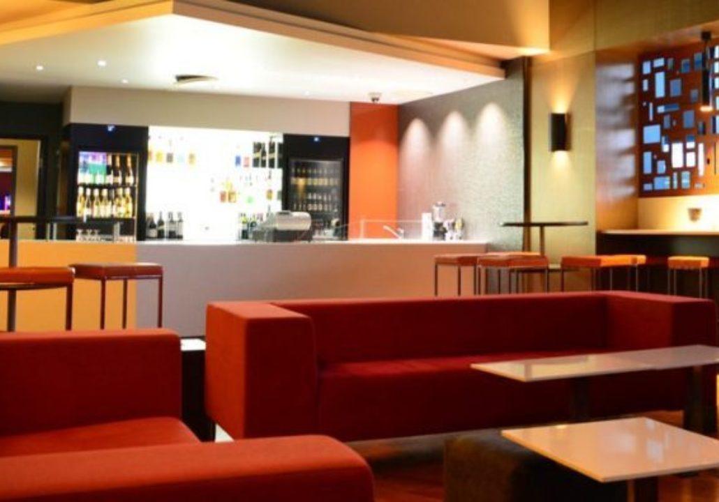 Club Old Bar