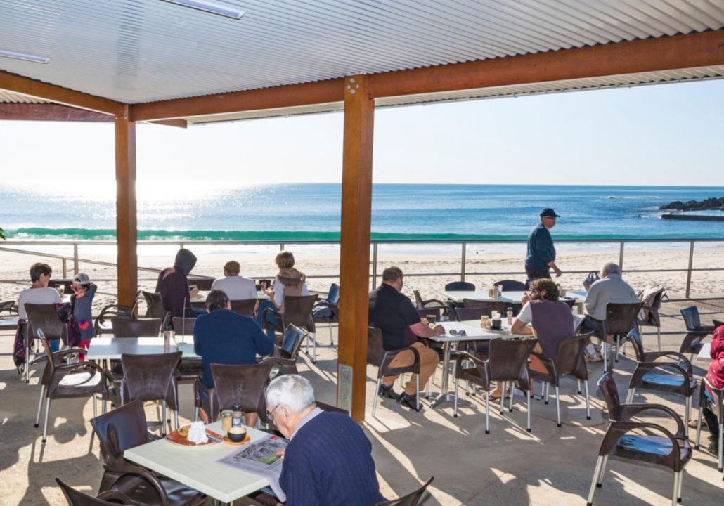 Beach Bums Cafe