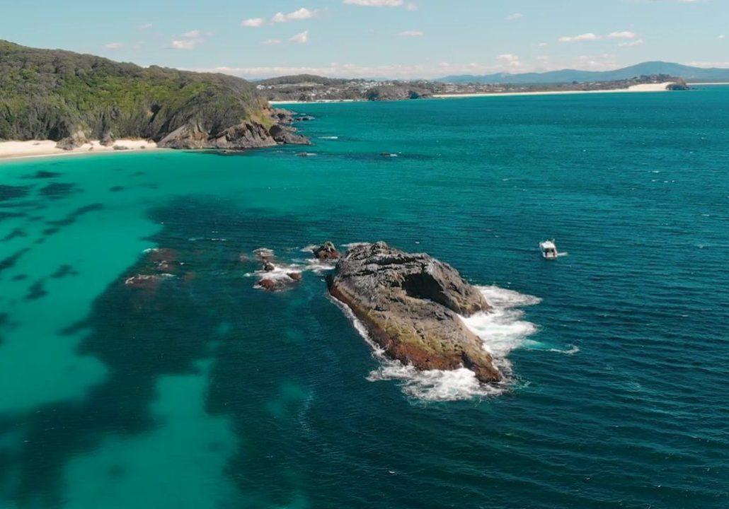 Lattitude Rock Dive Site
