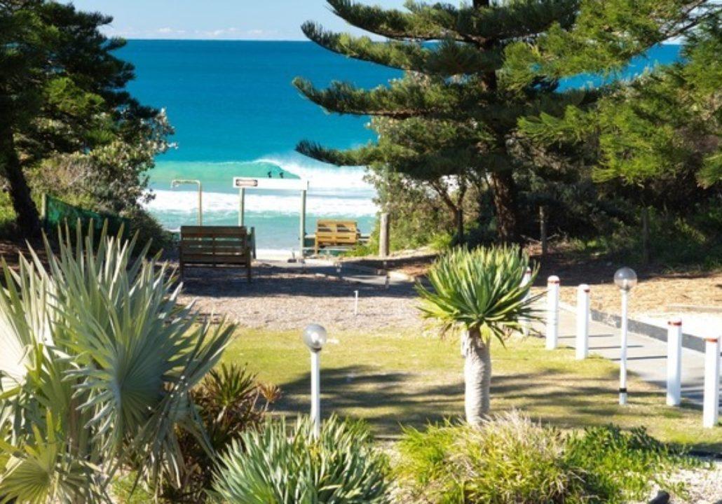 Seashells Beachfront Resort