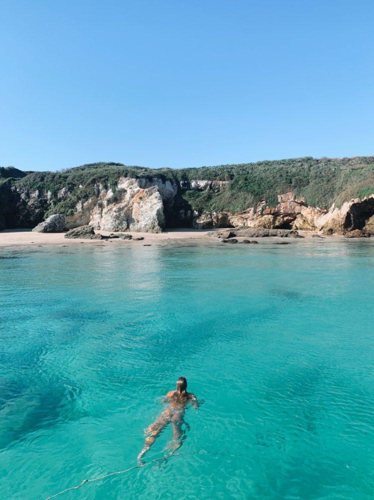 Broughton Island swimming