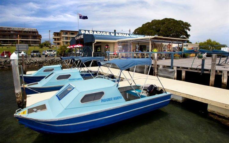 Boat hire plus cafe at Paradise Marina on Wallis lake at Forster.